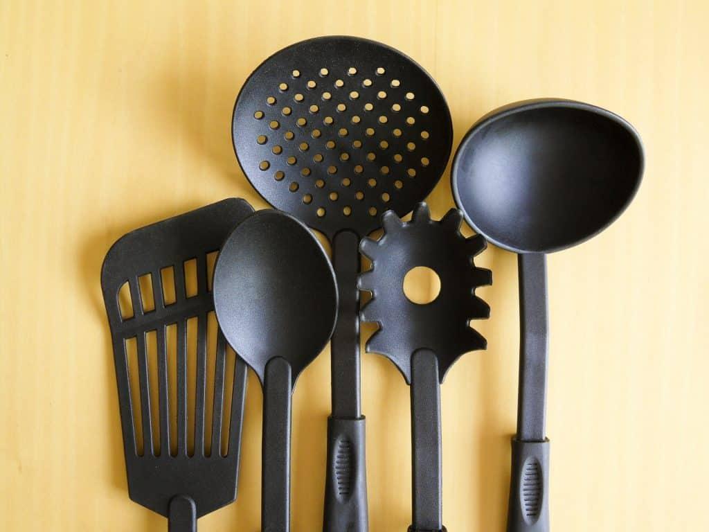 cookware-182788_1920