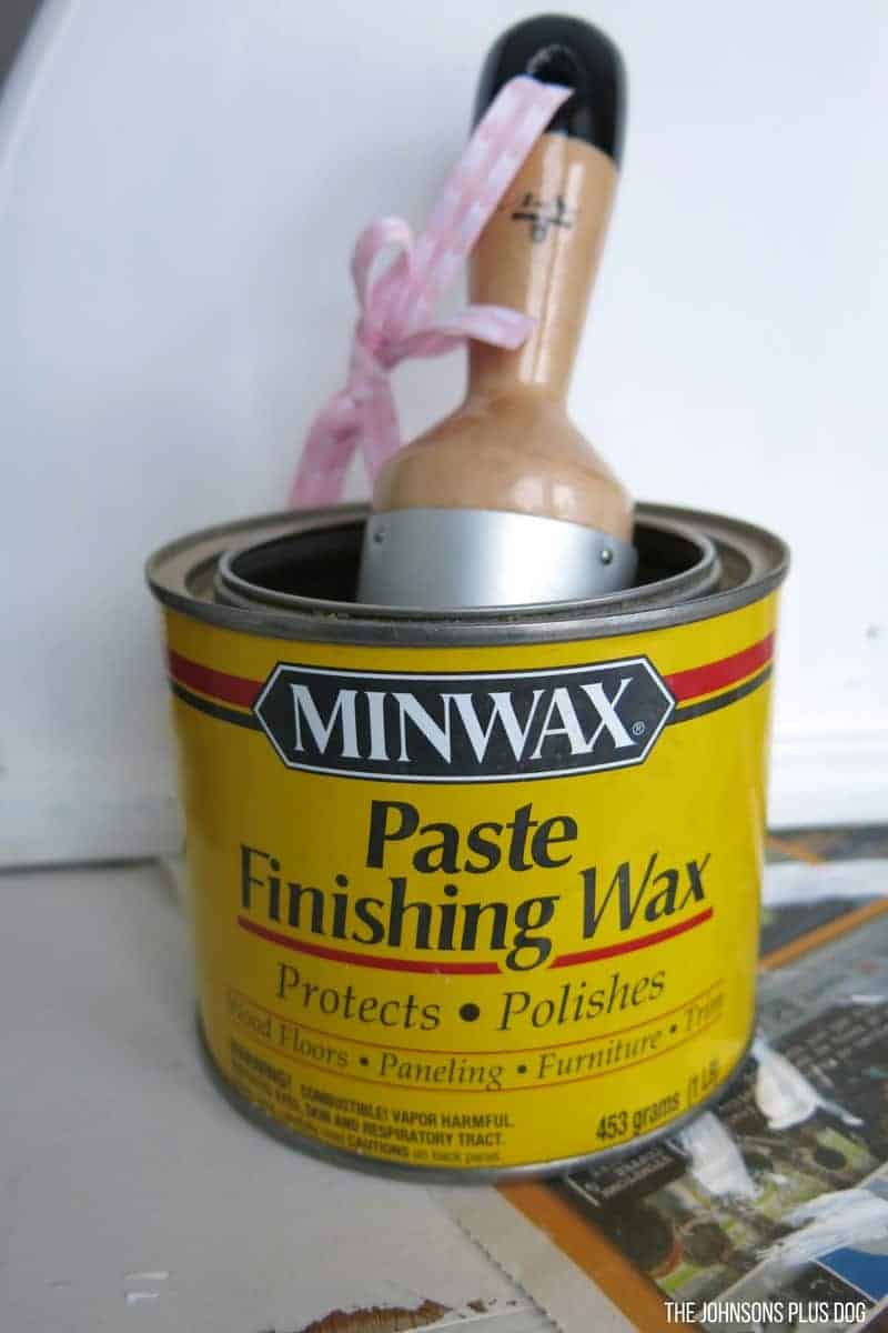 Can of Minwax Paste Finishing Wax with wax brush