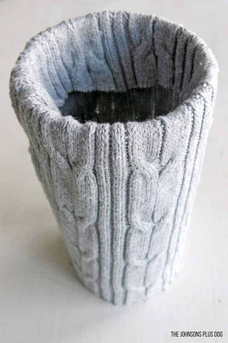 Cozy Sweater Wrapped Vases | Winter Vases | Decorate with an old sweater | Winter your home decor | Changing your home from Christmas to Winter | Winter Crafts | Recycled Sweater | Fall decor | Sweater Vase | Upcycle your sweaters | Goodwill crafts | Thrifty craft | Thrift Store Craft | Simple winter decor | DIY Sweater Vase | Sweaater Wrapped Vases for Winter
