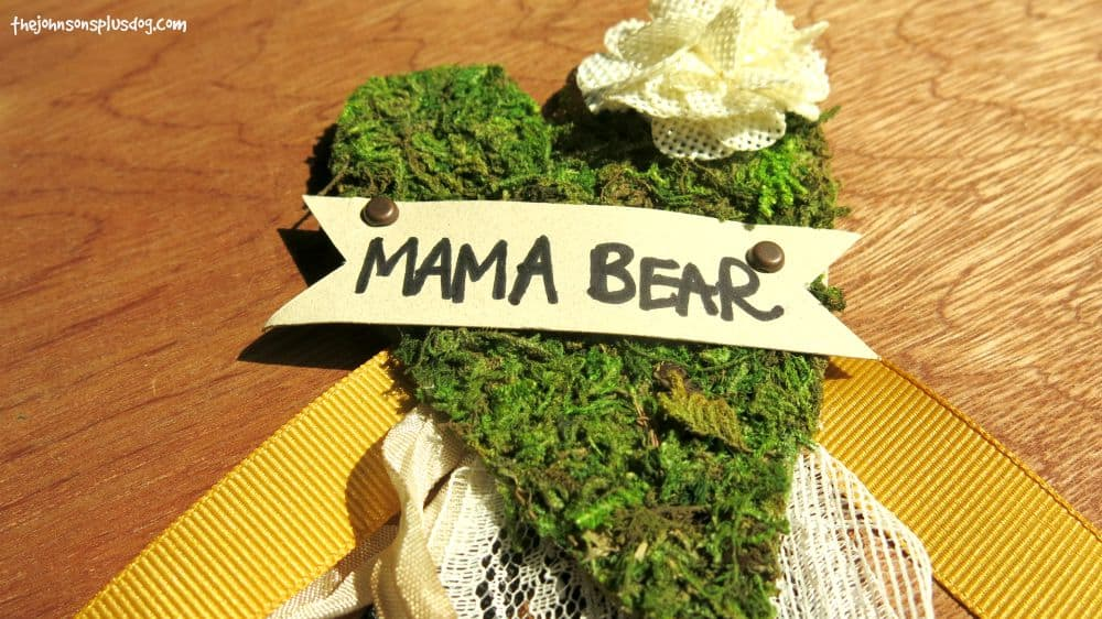 This mama bear name tag is perfect for a forest or rustic themed baby shower