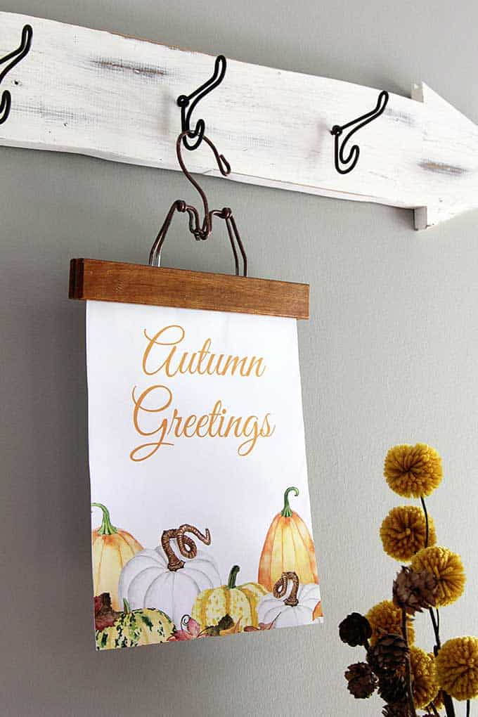 Fall printable with watercolor pumpkins from House of Hawthornes