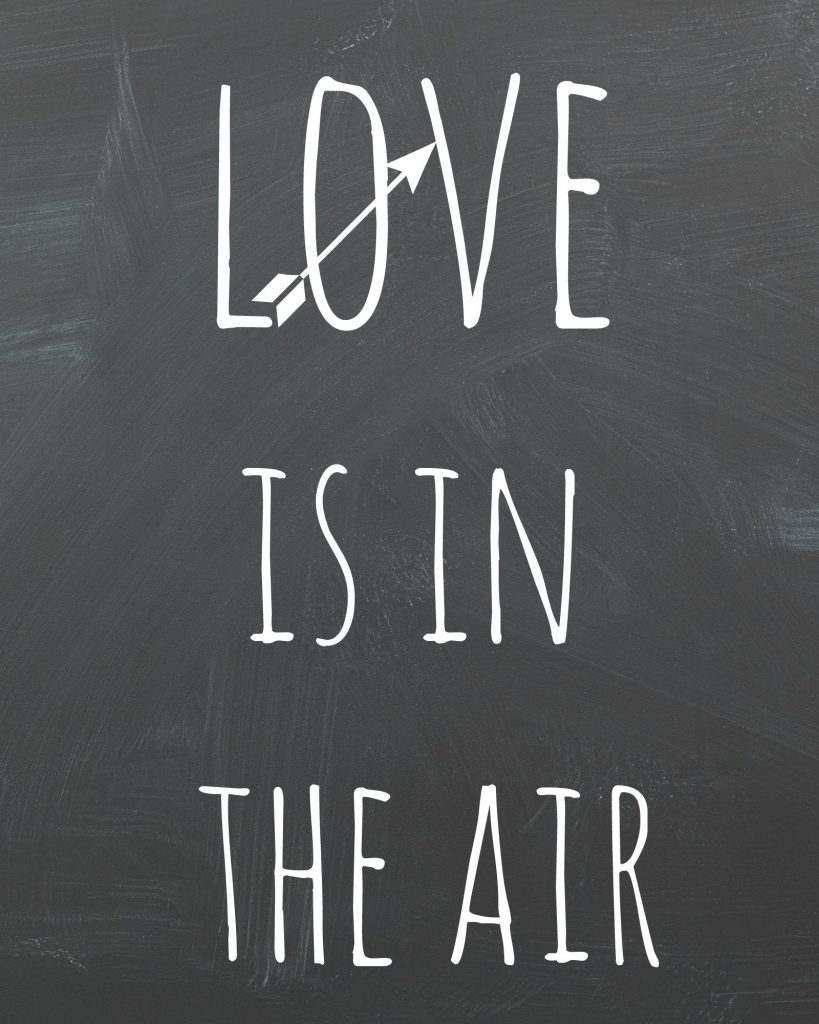 Free Valentine's Day Printable | Love Is In The Air