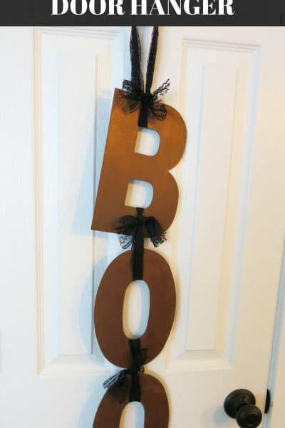 Simple BOO Door Hanger and Pumpkin Patch Pictures