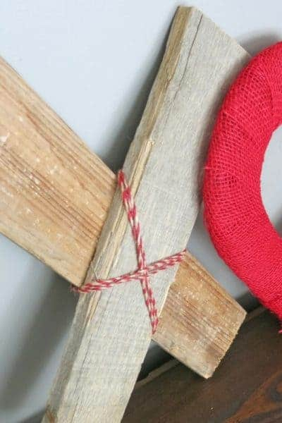 DIY XOXO Reclaimed Wood & Hearts Valentine's Day Decor