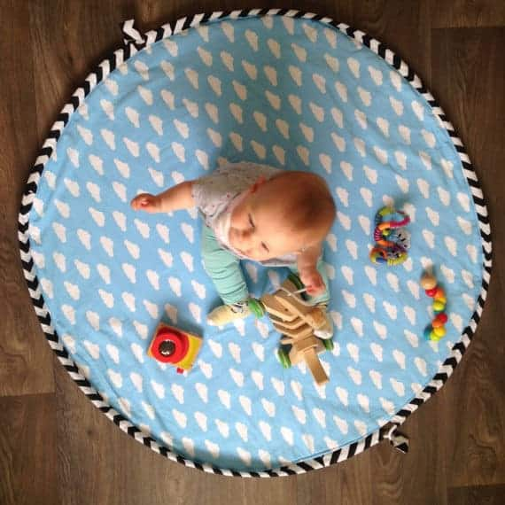 Playmat and storage from Little N and the Lion