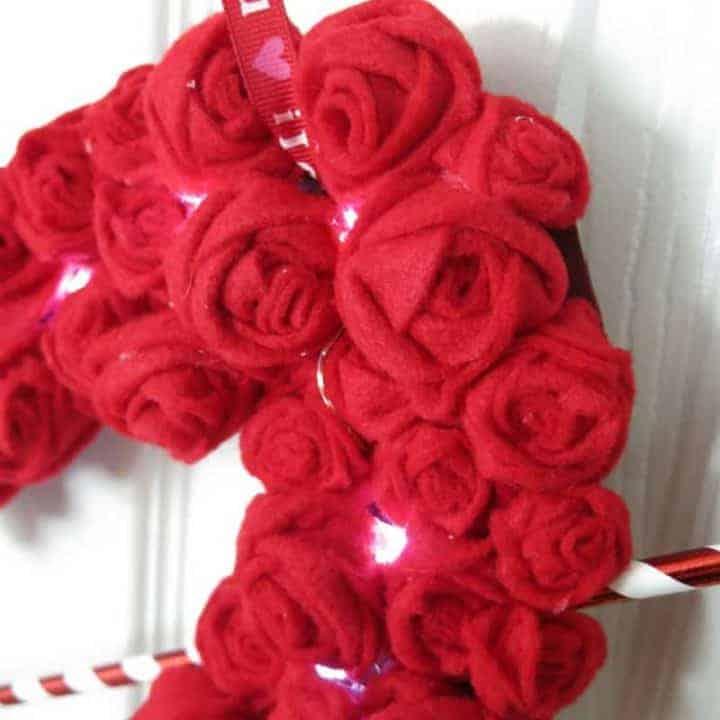 How To Make Felt Rosette Valentine's Day Wreath