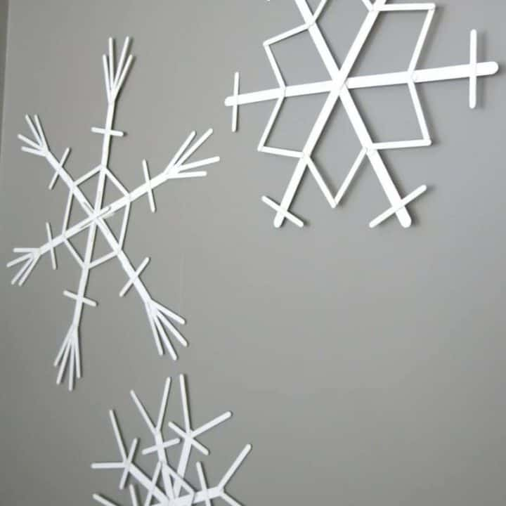 How to Make Popsicle Stick Snowflakes
