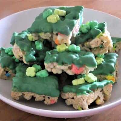 St. Patrick's Day Lucky Charm Bars {Guest Post}