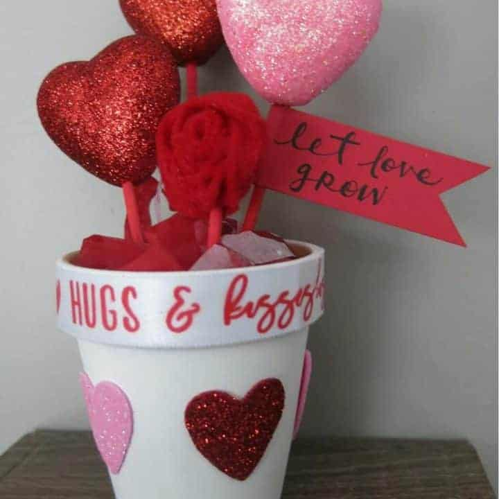 How to Make DIY Valentine's Day Pots of Hearts