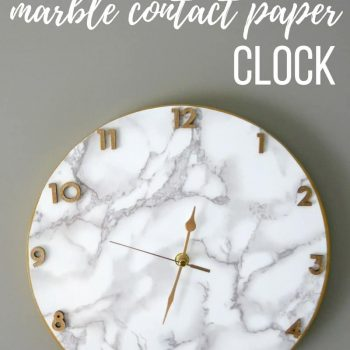 Marble Contact Paper Clock | DIY Clock with Contact Paper | Crafts with Contact Paper | How to make a clock | Clock making | Clockmaking with contact paper | Put contact paper on a wood round to make clock | Make your own clock | Clock for office | Clock for modern office | Marble and gold clock | Clock for modern glam office