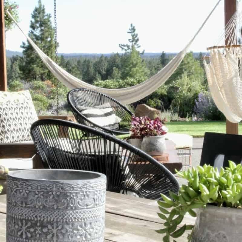 13 Dreamy Outdoor Spaces