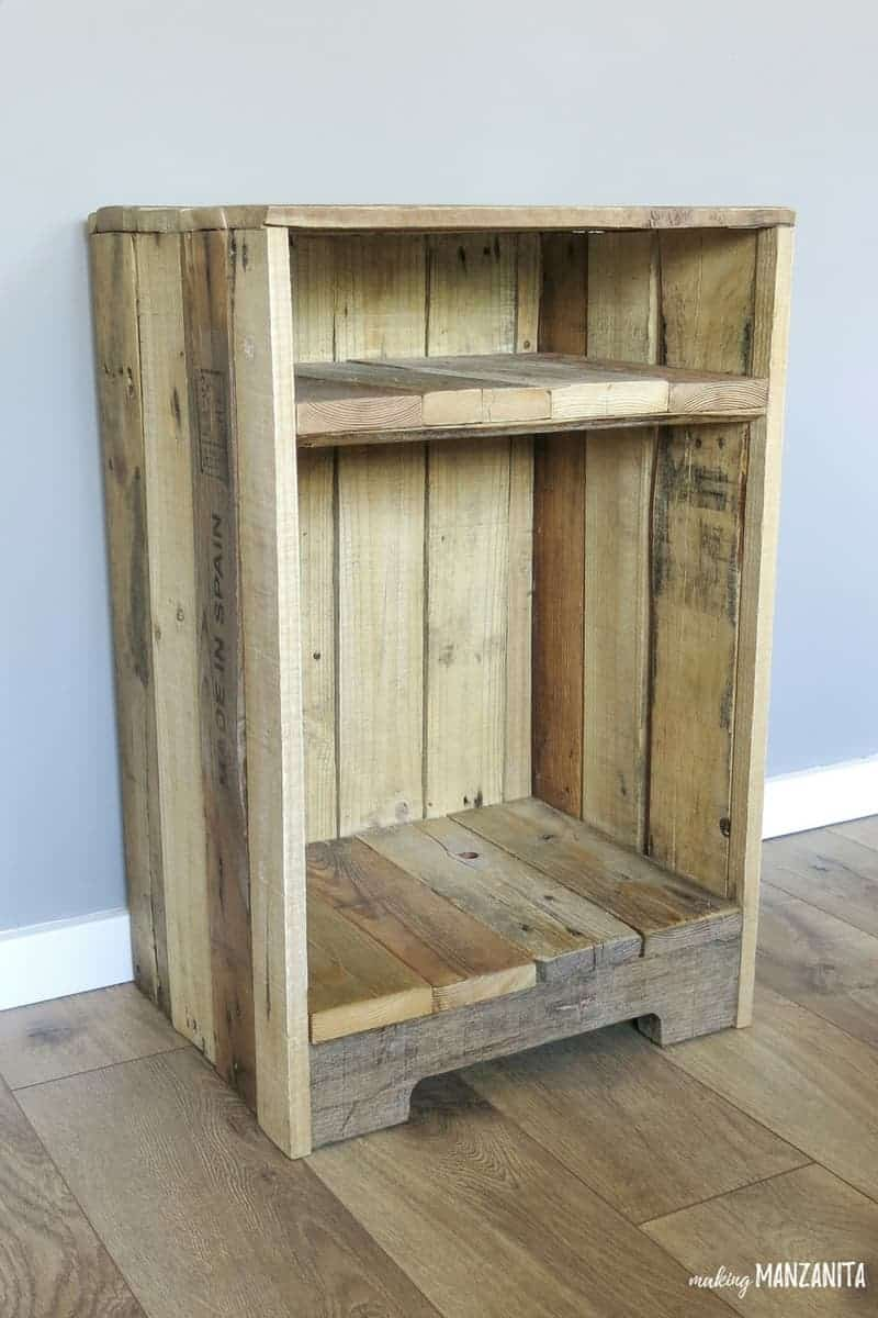 Pallet Wood Side Table With Rustic Style | DIY Pallet Furniture | Pallet  Wood Night Stand