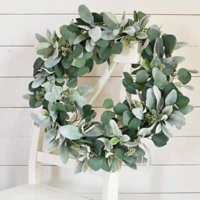14 Farmhouse Style Wreaths You Need For Your Front Door