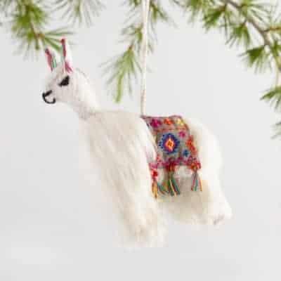 5 Stocking Stuffer Ideas & My Favorite Christmas Blanket