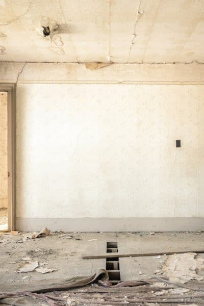 3 Reasons You Should Buy A Fixer Upper (And 2 Reasons You Shouldn't)