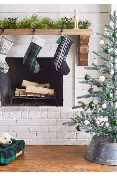 10 Things You Need From Hearth and Hand To Decorate for Christmas