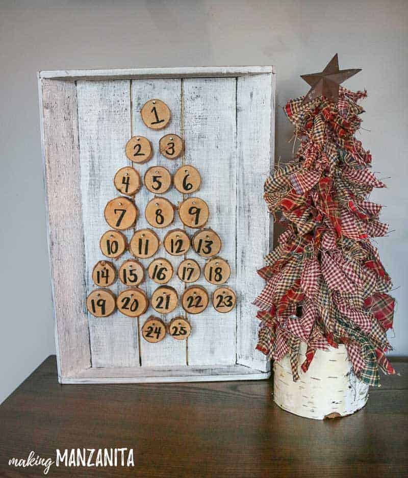 Mini fabric scrap Christmas tree with rustic advent calendar | Country Christmas decorations | Farmhouse style Holiday decor ideas | What to do with your fabric scraps | fabric scrap Christmas craft ideas that kids can make