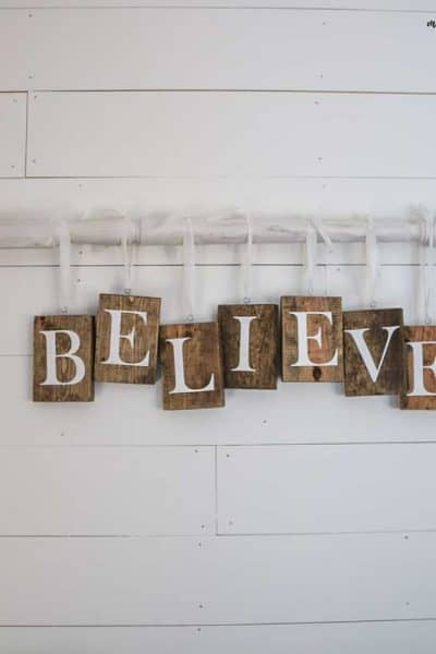DIY Christmas Sign with Farmhouse Style