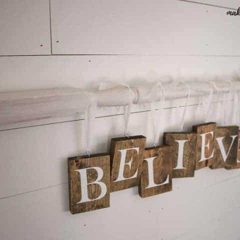How to DIY Christmas Sign with Farmhouse Style