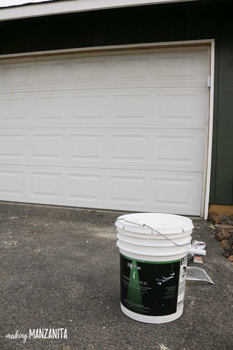 Using Behr Marquee Exterior paint to paint garage door | Exterior painting tips
