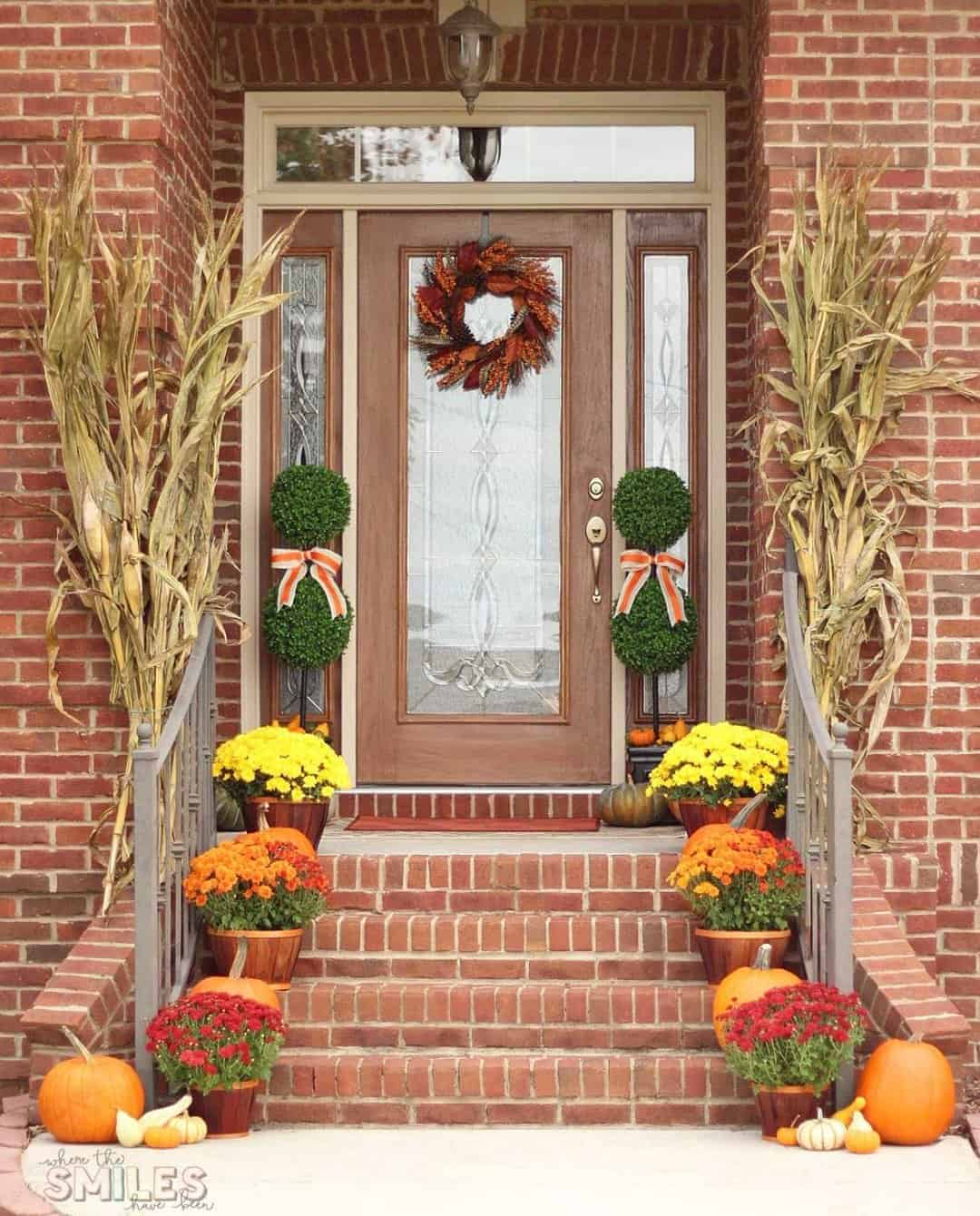 Traditional fall front porch, Where The Smiles Have Been