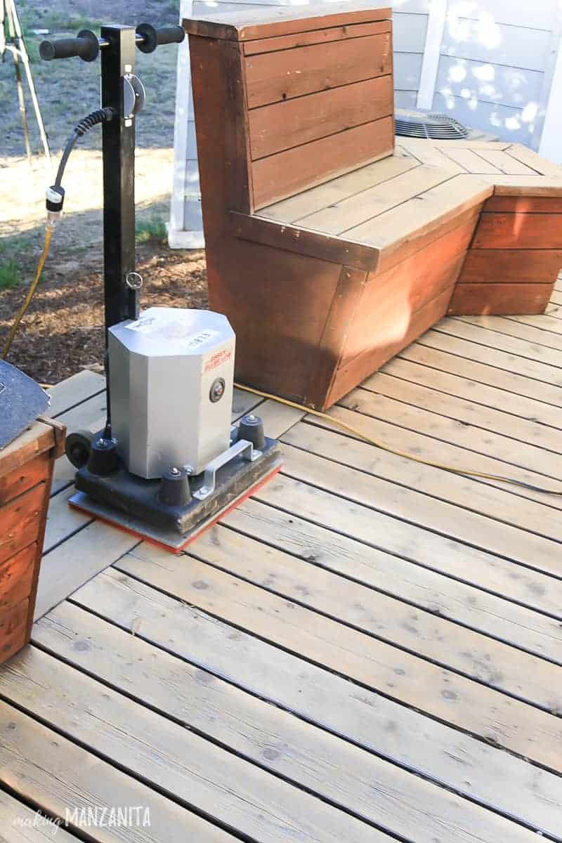 Square sander for wood decking