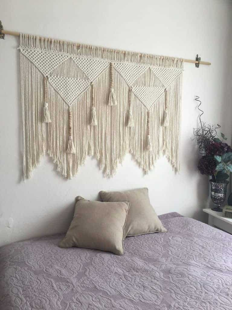 16 Designer Worthy Ideas For Over The Bed Decor Making Manzanita