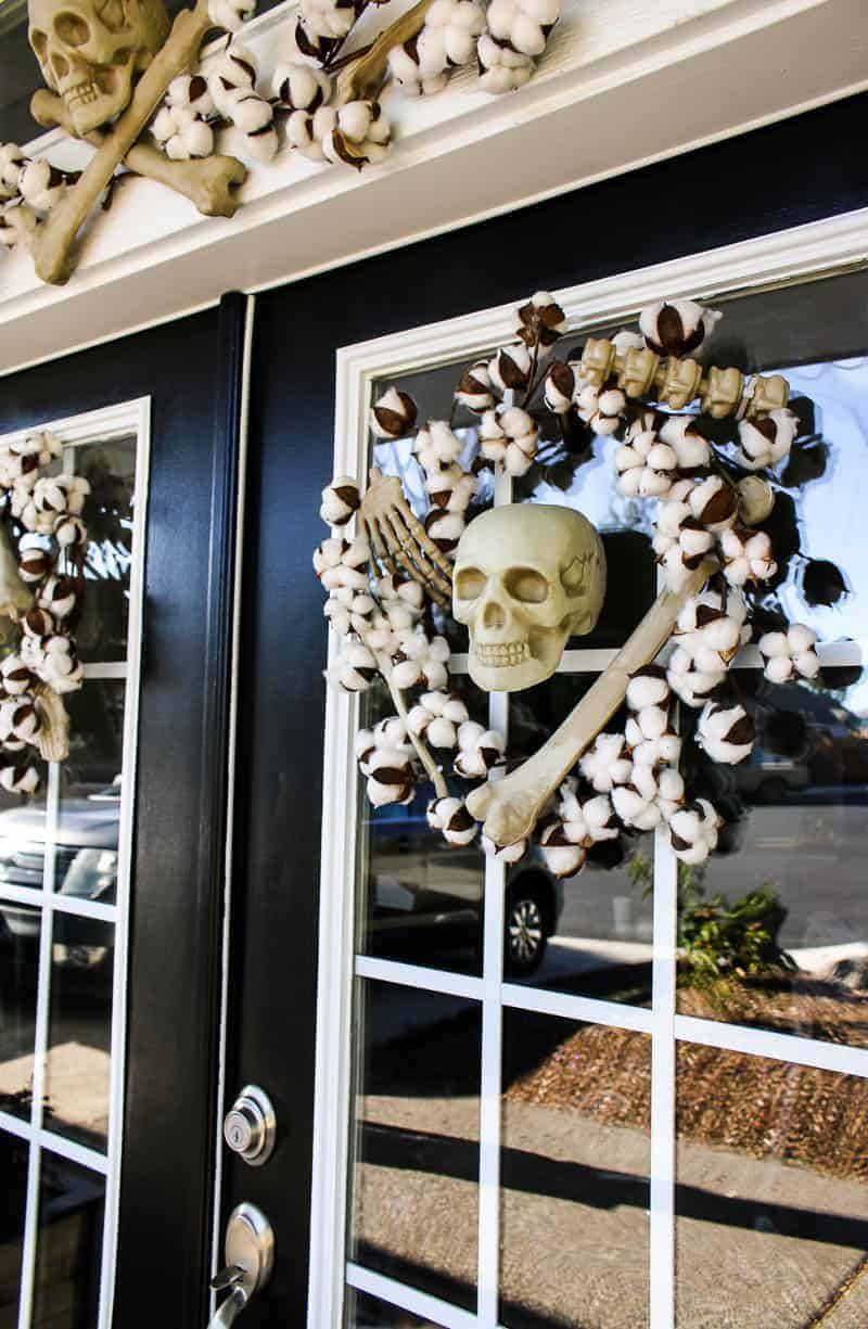 Halloween garland and wreath with skeletons.