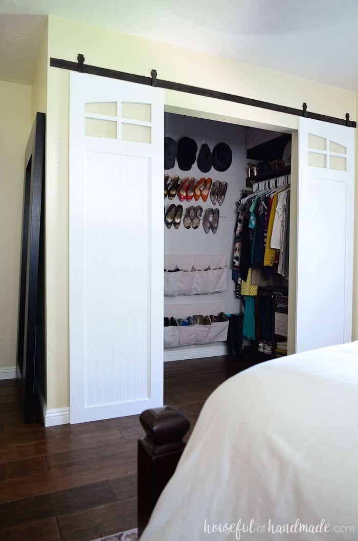 Closet Sliding Barn Doors (with plans)