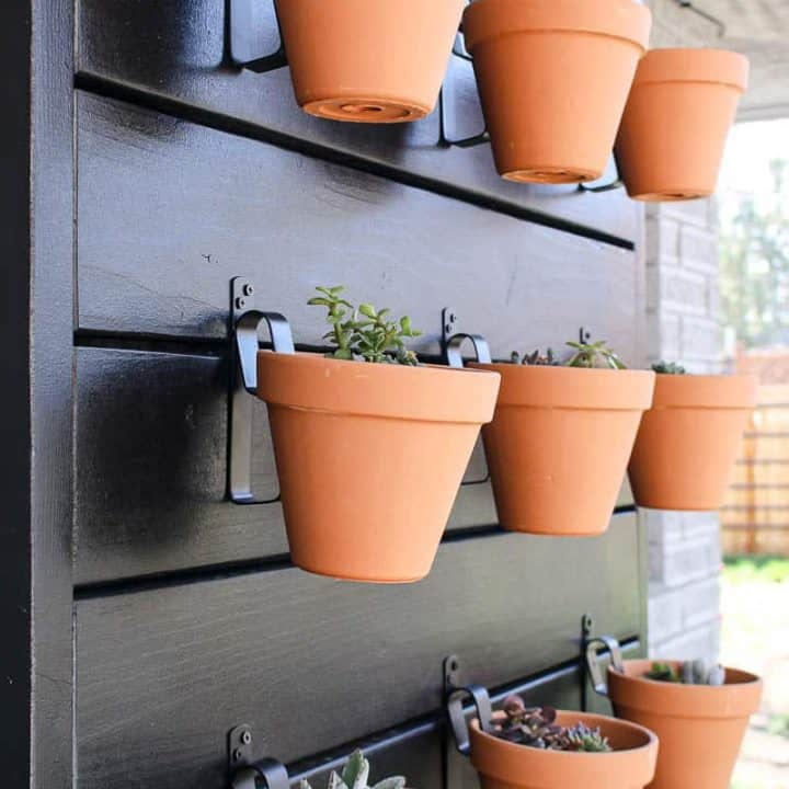 How To Build A Wall For Vertical Garden Pots