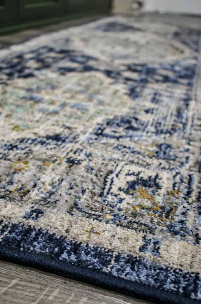 shows an up close picture of the Mohawk Home Pantaleone Indigo Runner Area Rug
