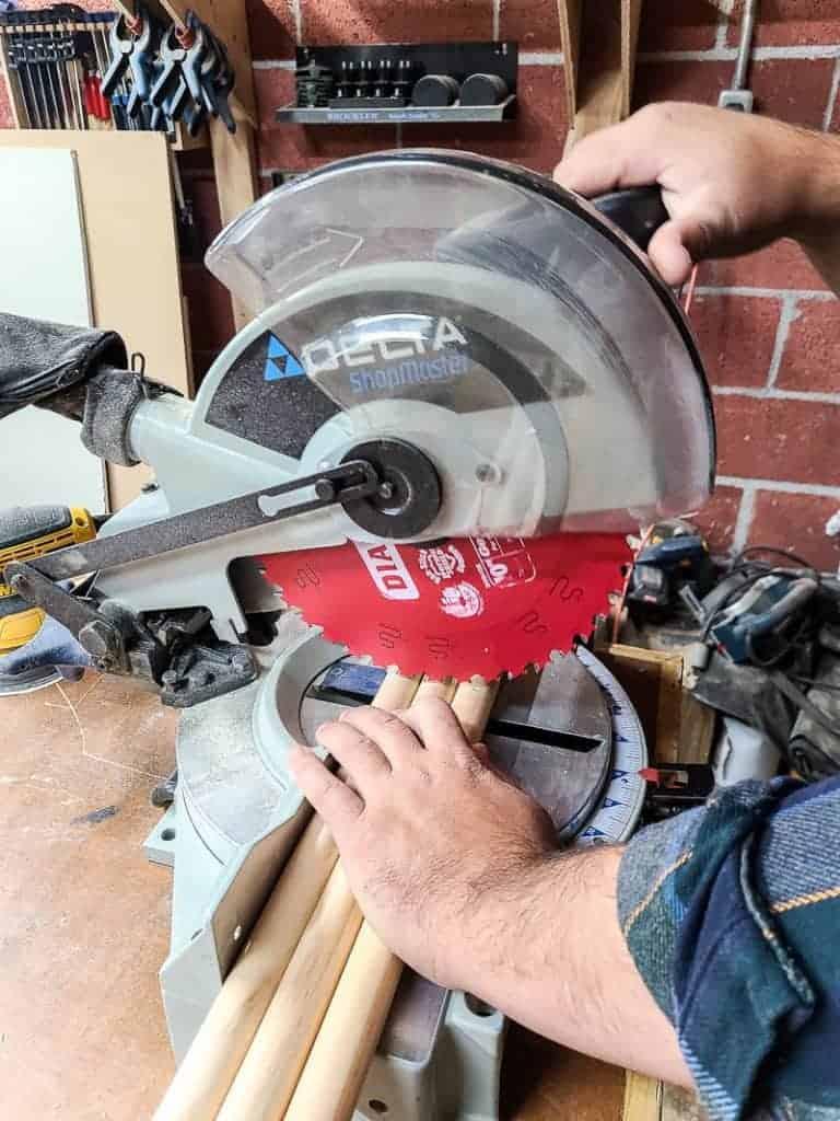 Cutting Dowels