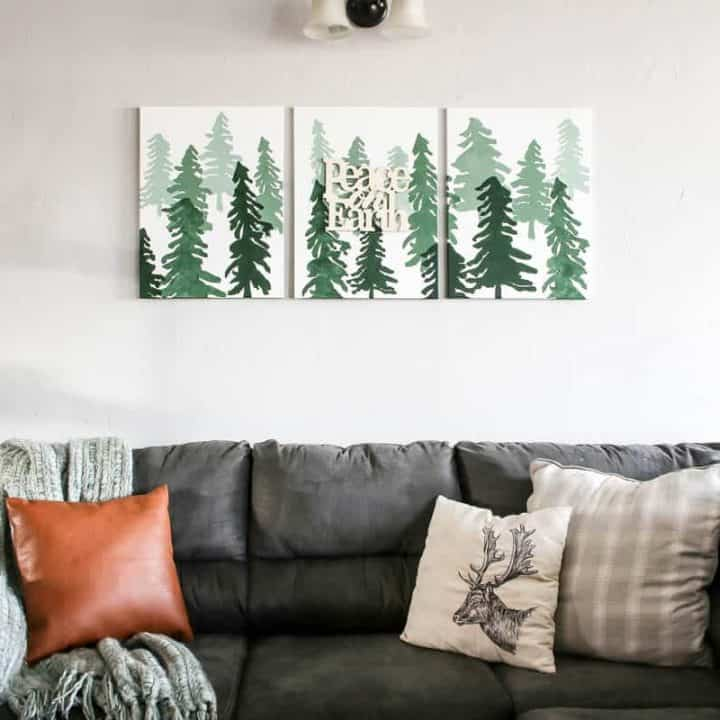 How To Make DIY Christmas Wall Decor