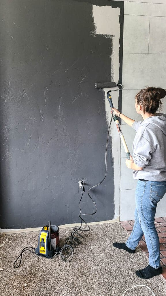 If you're reading this guide for how to paint a room for beginners, you're probably wanting some tips for how to paint a room with a roller.